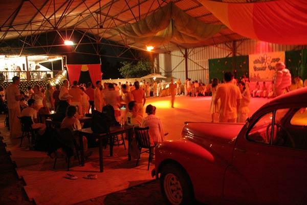 Stages et séminaires -salle de danse de 600m2